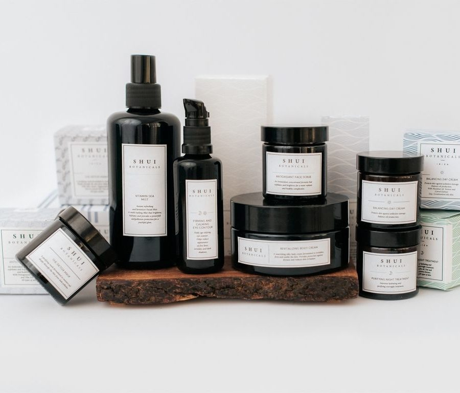 Shui Botanicals Deluxe Collection (Pieles mixtas/grasas)